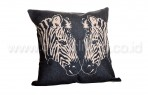 Bantal Sofa Decoration Motif Twin Zebra Q3342