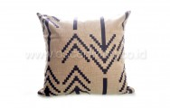 Bantal Sofa Decoration Motif Arrow Q3069